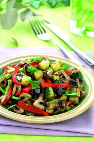 Sauterede grøntsager på middelhavsfacon