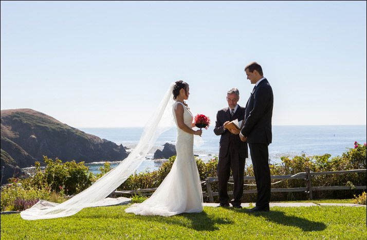 Elope in Albion.