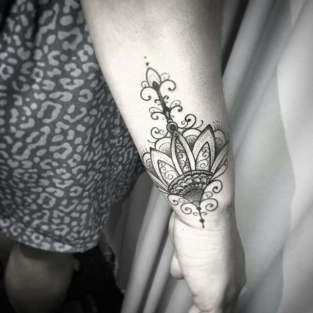 "Tatuagem feita por <a href=""http://instagram.com/kadutattoo"">@kadutattoo</a> ❤️ Vitoria ES Brasil -Tel: (27) 999805879"