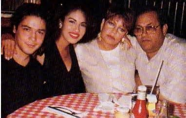 Selena Quintanilla with family - Yahoo Image Search Results