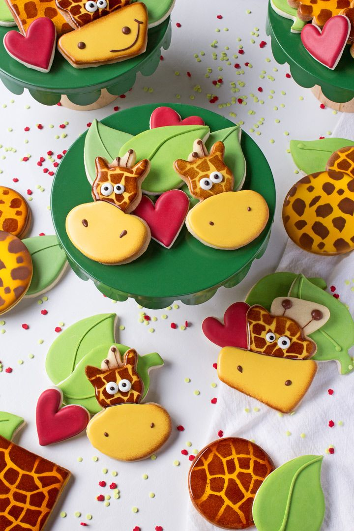 How to Make Silly Giraffe Cookies with a Video   The Bearfoot Baker