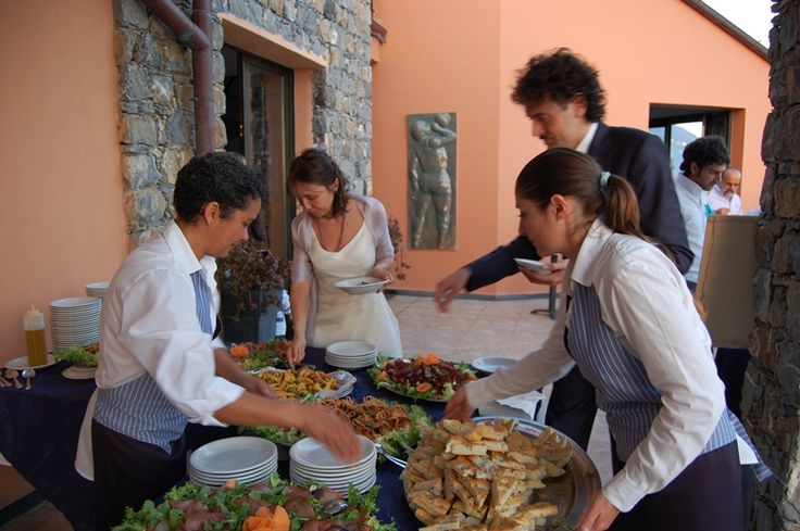 Catering service at your disposal #weddingday #restaurant overlooking the sea of #cinqueterre