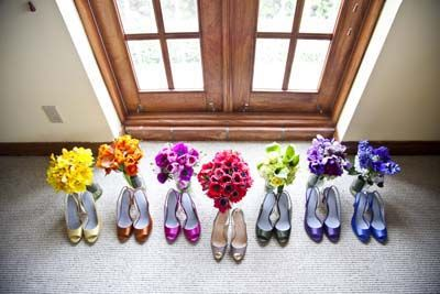 Bouquets to match the color of their shoes!