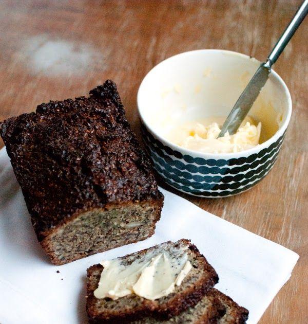 Leipiä on maailman pullollaan. Eräs viime aikoina kovasti ihastuttanut on kivikautinen vuokaleipä, jonka valmistaminen on erittäin helppoa (...