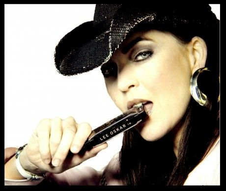 1000+ images about Women harmonica Players on Pinterest ...