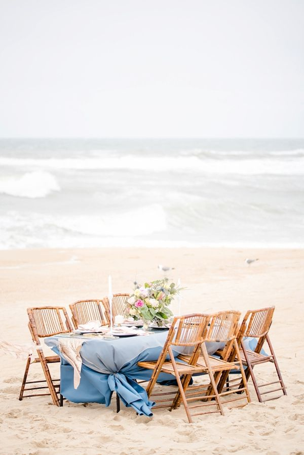Glam beach wedding table | Michael and Laura Photography on @tidewatertulle via @aislesociety