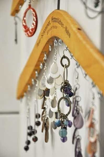 An adorable way to organize your jewelery, what great idea!