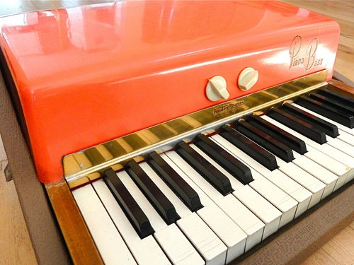 1962 Fender Rhodes Fiesta Red Top Piano Bass Pre CBS Vintage U0026 Clean  Sparkle Top