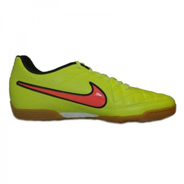 Sepatu Futsal Nike Tiempo Rio II IC 631523-770 sepatu ini memberikan kenyamanan ketika berlari. Harga sepatu ini Rp 529.000.