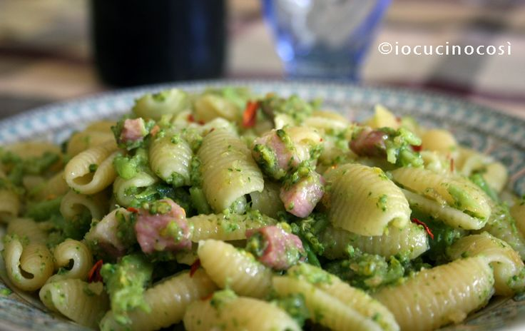 Gnocchetti sardi con broccoli e pancetta