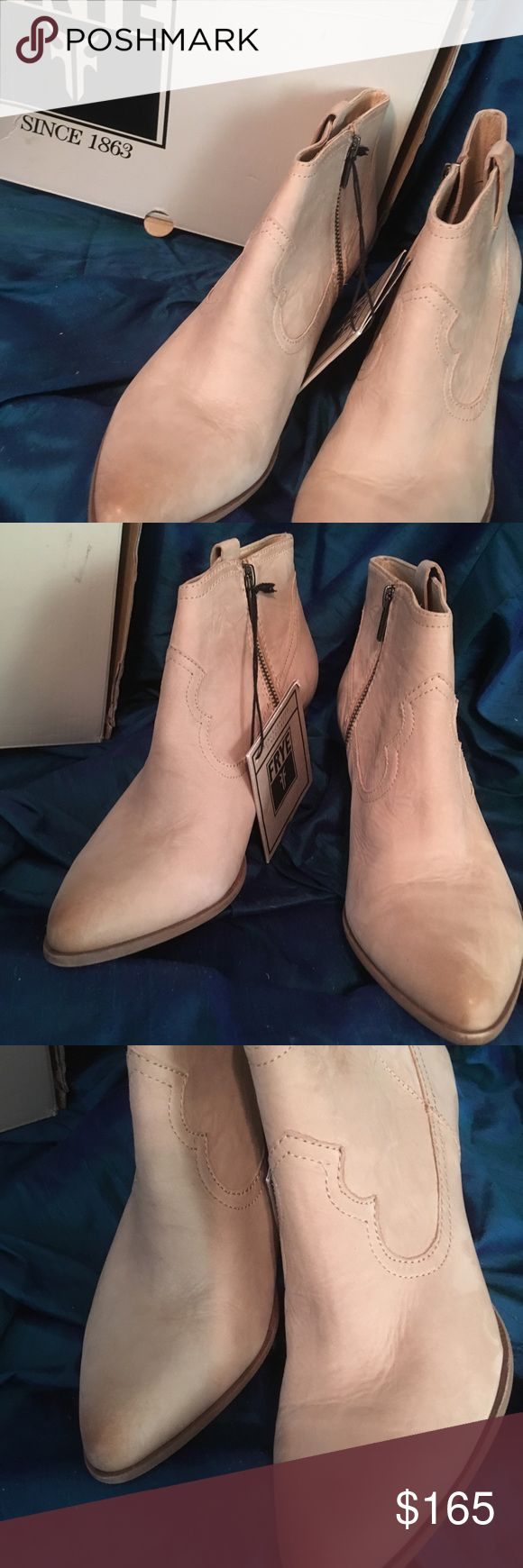 WOMEN'S FRYE BOOTS.REINA BOOTIE US SZ 9.5. LADIES FRYE BOOT REINA BOOTIE, STONE COLOR.  PURCHASED AT AN EAST COAST SHOE STORE LIQUIDATION. US SZ 9.5. Frye Shoes Ankle Boots & Booties