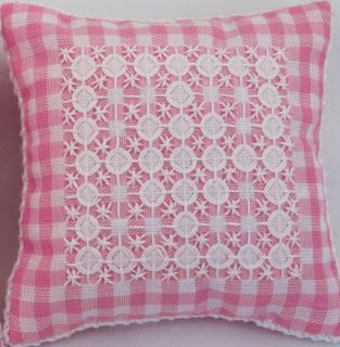 Lyn's Needlecase: Australian Cross Stitch and Chicken Scratch - Gingham embroidery