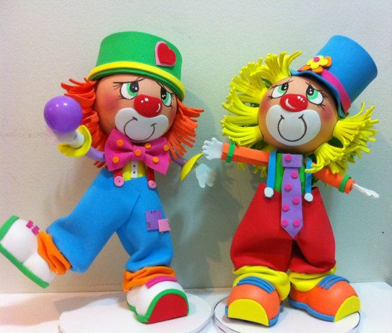 1 pcs Hermosos Payasos fofuchos en goma eva, Beutiful Fofuchos Clowns handmade.