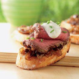 Filet Mignon Crostini with Balsamic Onion Jam