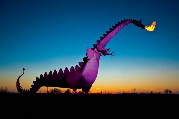 THINGS TO DO IN ILLINOIS- Kaskaskia Dragon in Illinois. For a dollar token he breathes fire for 12 seconds.