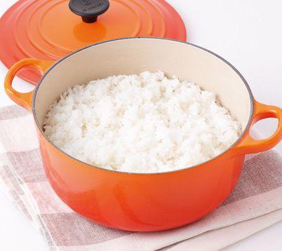お鍋で炊くおいしいご飯のご紹介です。ふっくら、もちもちに炊き上がります。