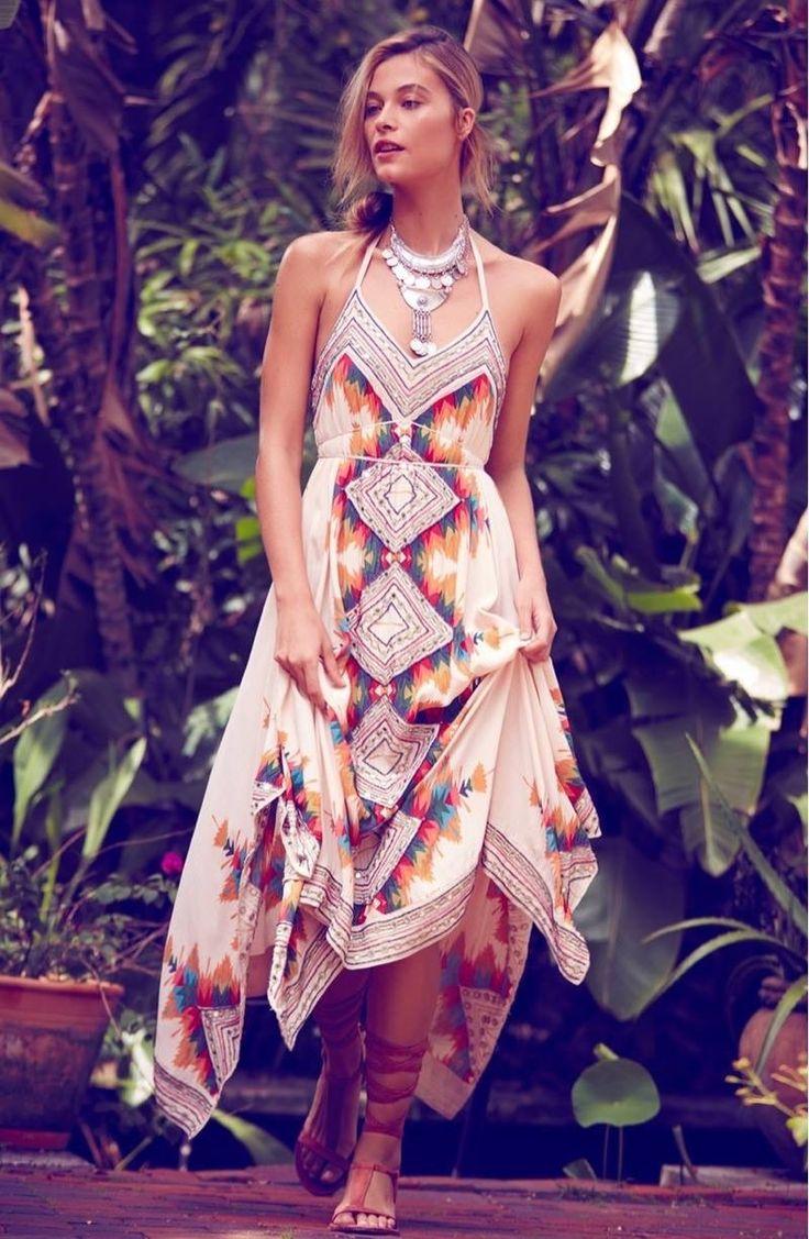 Único Vestidos De Dama De Giro Ornamento - Colección del Vestido de ...