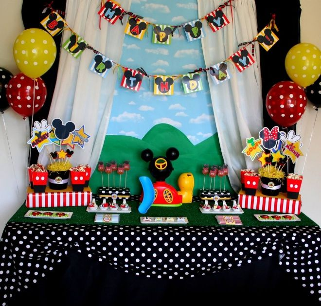 Best 25 Mickey Mouse Clubhouse Party Ideas On Pinterest Mickey