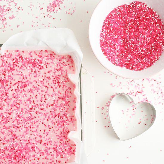 2 ingredient valentine fudge