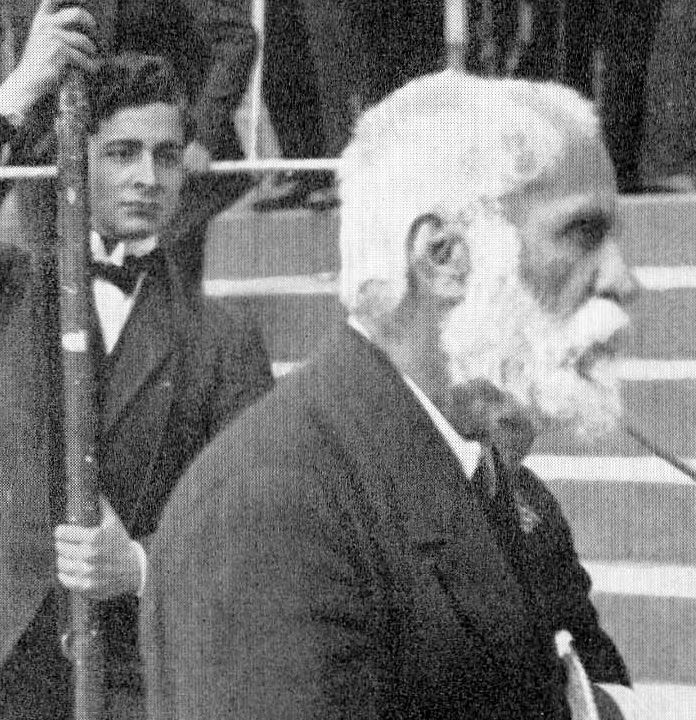 Antonio Gaudi - born 1852, died 1926.  in my opinion the greatest architect ever.