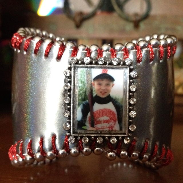 Baseball Bracelet Cuff, wouldn't do it exactly like that but it gives me ideas!