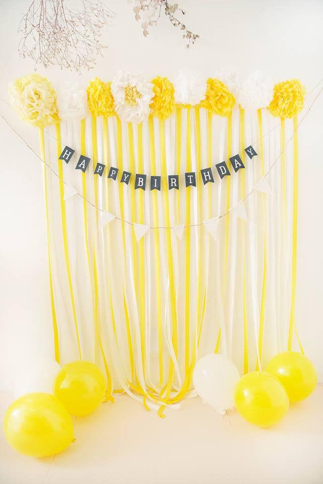 イエローフォトブース 黄色 バースデー 誕生日