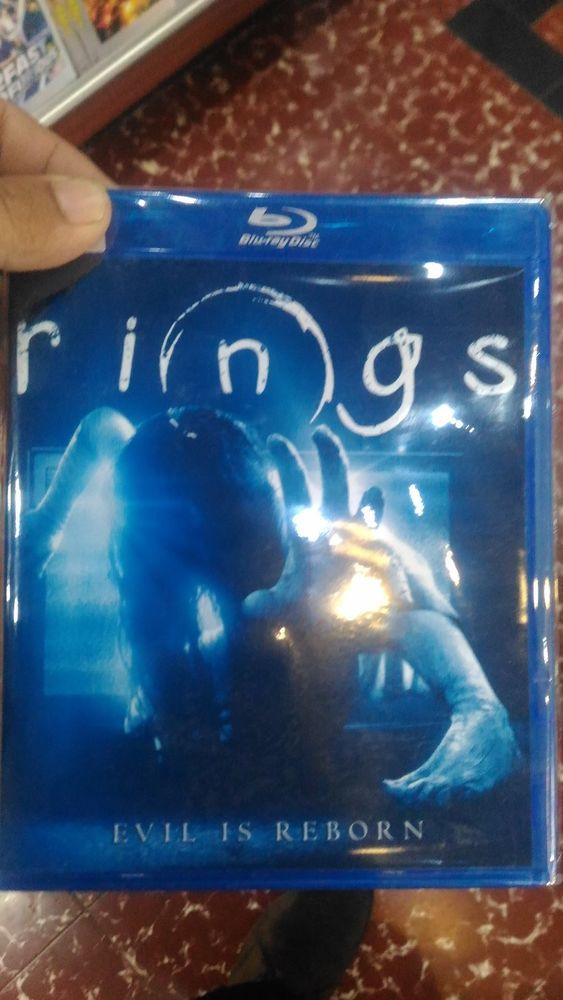 Rings Blu-Ray HD Picture Free Shipping