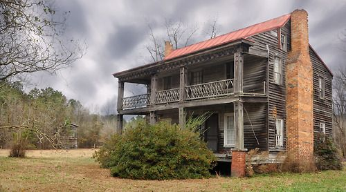 """Ghosts of Past Lives   """"the Trent Road"""" (Jones County)This early 1800s home (dated by the double porch and full length square columns) was described to me as 'The Humphrey House,' though it wasn't known if the Humphreys own the land or lived in it. It's located along a former main thoroughfare between New Bern and Kinston which, in the Civil War days, was known the Trent Road. In December of 1862, Union troops marched down this road in great numbers (nearly 1"""