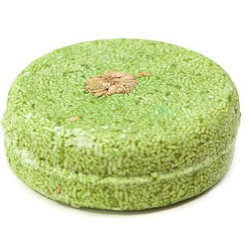 Karma Komba shampoo bar from LUSH.   Neww favourite <3Essential Oil, Shampoo Bar, S'Mores Bar, Lush Products, Lush Cosmetics, Solid Shampoos, Komba Solid, Shampoos Bar, Karma Komba