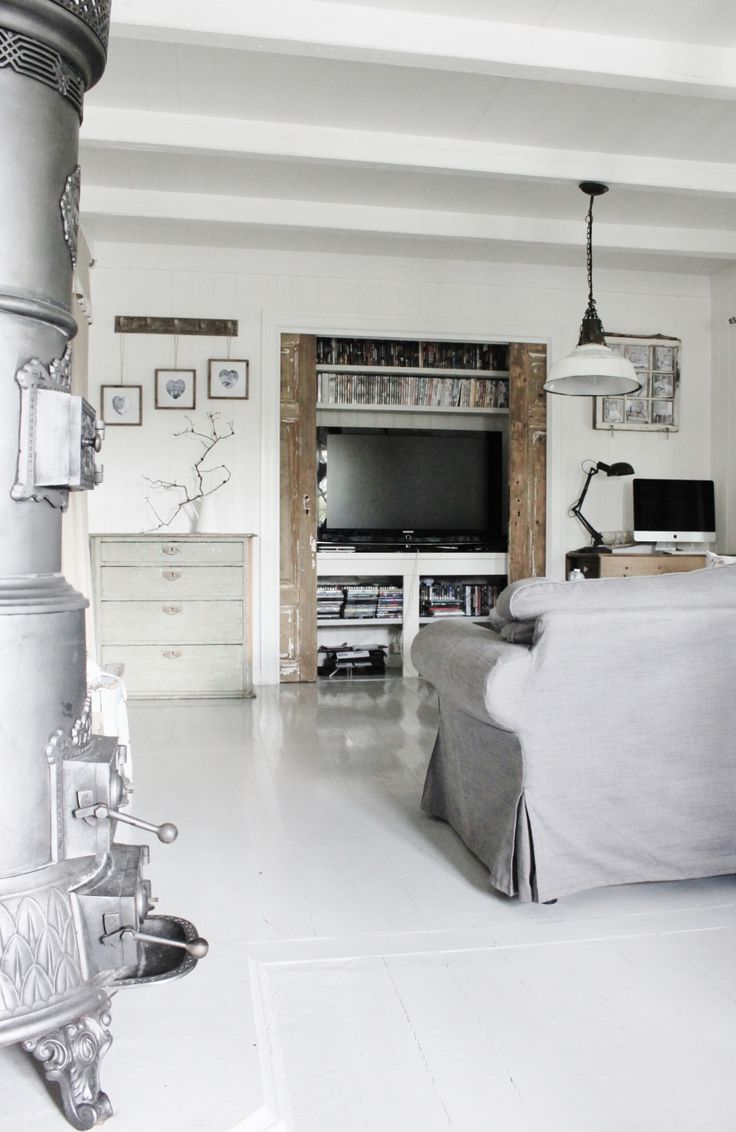 Tv-cabinet