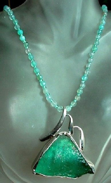 Green AgateFaceted Beads Necklace c/w Removable Green by camexinc