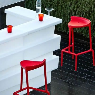 Colt bar modular, bufet, plastic, polietilena, luminos, rezistent, reciclabil, bar exterior, bar catering, bar evenimente, kit iluminare, bar outdoor, tejghea bar, bar workshop, statie de lucru, bar colorat, bar multicolor cu LED telecomanda wireless