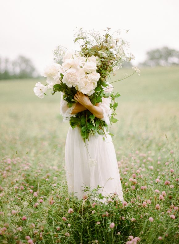 We are counting down the days until warmer weather, sunshine and flowers. This vintage wedding inspiration fromRebecca Yale Portraits,Gossamer VintageandSilk & Willowis so delicate and rom...