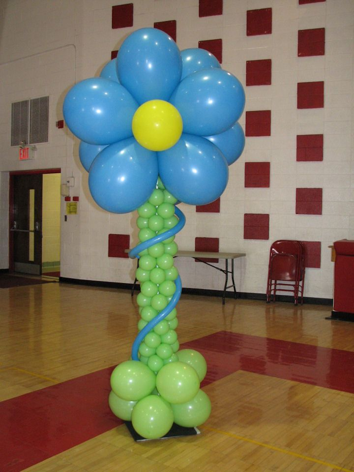 14 best balloon columns images on pinterest balloon for Balloon column decoration