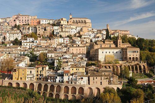Loreto Aprutino (PE) - Abruzzo    #TuscanyAgriturismoGiratola