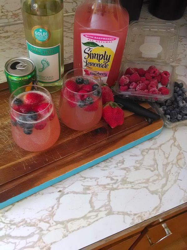 Moscato, simply lemonade (strawberry), & sprite