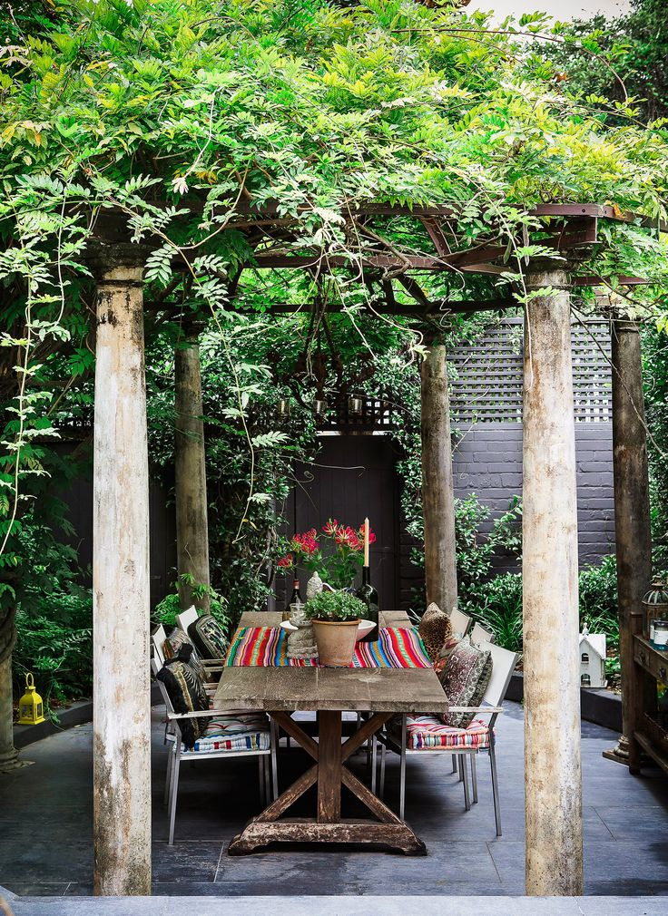 "A wisteria-draped pergola over an antique table sets the scene for alfresco dining at the home of designer [Camilla Franks](https://www.camilla.com.au/?utm_campaign=supplier/|target=""_blank""). ""This house speaks to my hosting heart,"" says Camilla. ""I love cooking up a feast in the kitchen and entertaining friends in the garden."" See more of [Camilla's home](http://www.homestolove.com.au/gallery-the-eclectic-home-of-designer-camilla-franks-2355/?utm_campaign=supplier/