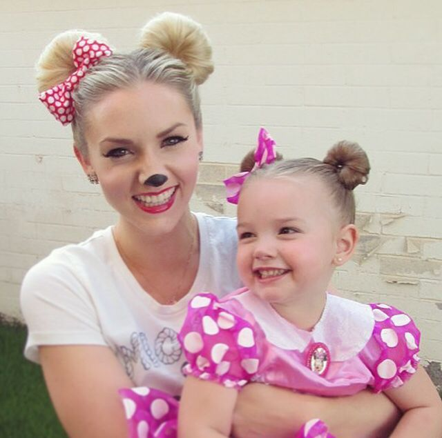 How To: Minnie Mouse Hair for Halloween or Disneyland (Disney)