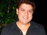 Despite tiger, there is no violence and blood in Himmatwala, says Sajid Khan