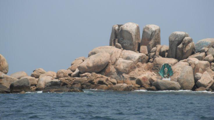 Islote de la Virgen del Mar, junto a la Roqueta