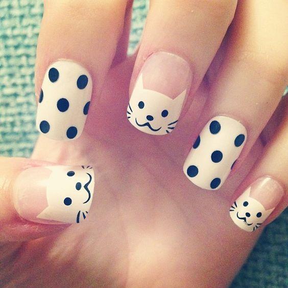 Super cute polka dots and kitty nail art