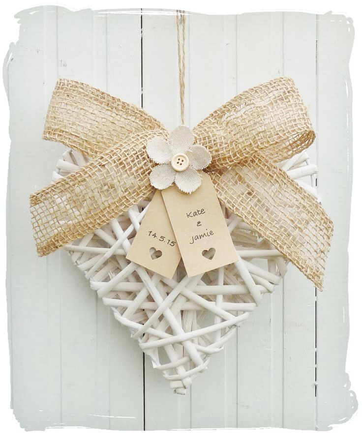 Wicker Heart Gift with Burlap Bow and personalised luggage tags <3  www.bynicki.co.uk