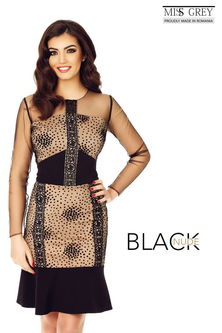 Give your wardrobe a plus of femininity and elegance with the delicate Lucinda black and nude dress