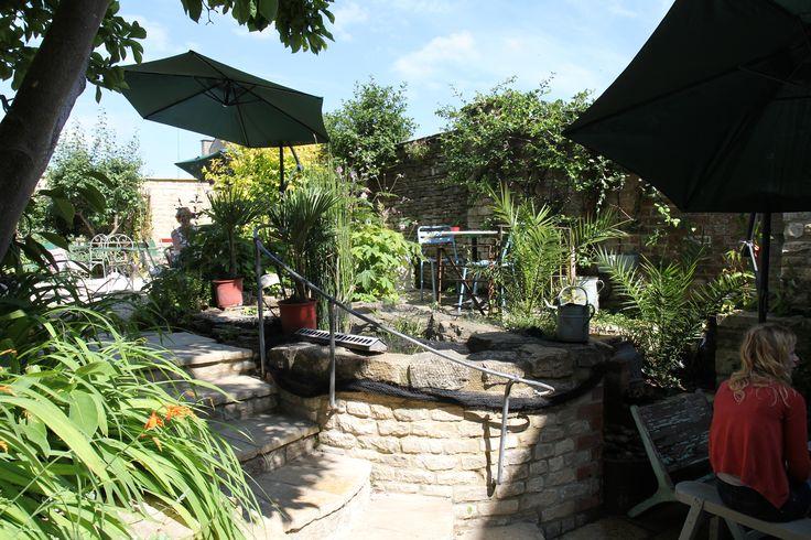 Cafe 53 courtyard garden