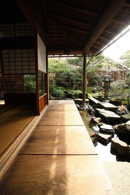 Kanazawa, Ishikawa, Japan I adore Asian influenced design and I would love to have an area inspired by this indoor/outdoor asian garden themed area