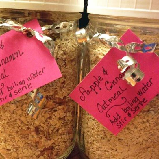 Make Your Own Instant Apple Cinnamon Oatmeal - The Texas Pioneer Woman Blog - GRIT Magazine