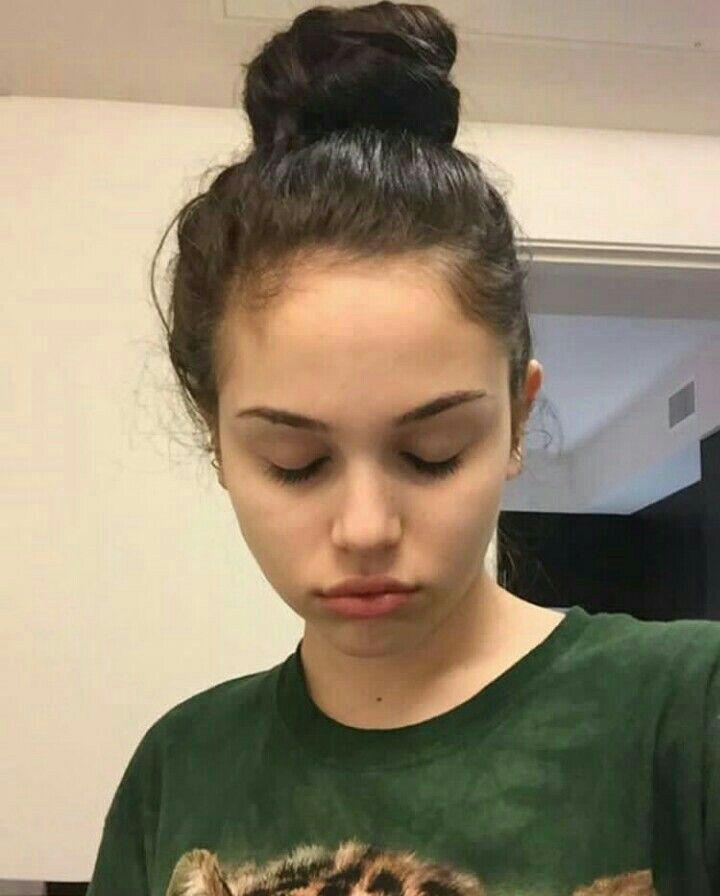 cute girl no makeup