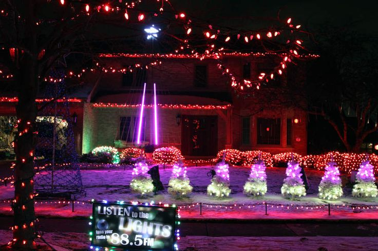 The Naperville Sun's annual holiday lights map features