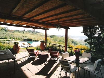 Tuscan Luxury Villa Rental sleeps 12 pax with Outdoor Pool facility