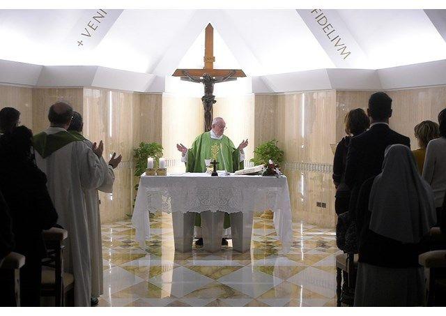 Homilía del Papa: Para seguir a Jesús es necesario moverse - Radio Vaticano